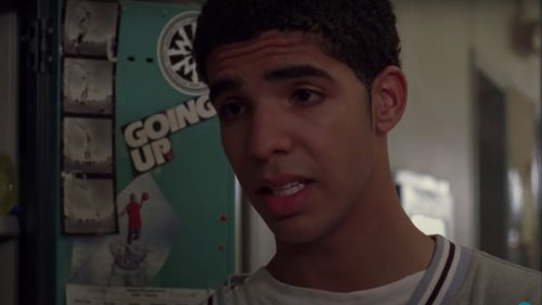 Drake threatened to quit Degrassi because his character used a wheelchair: Report
