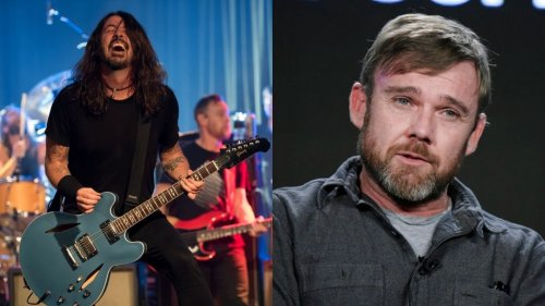 Ricky Schroeder and anti-vaxxers protest intimate Foo Fighters show