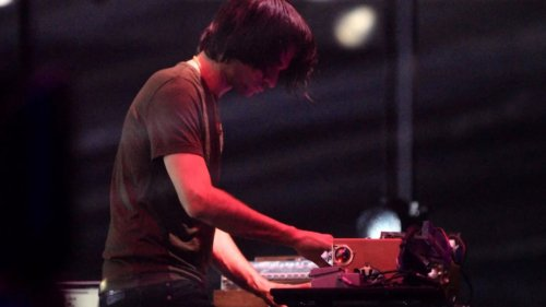 """Jonny Greenwood shares """"West"""" and """"25 Years"""" from The Power of the Dog soundtrack: Stream"""