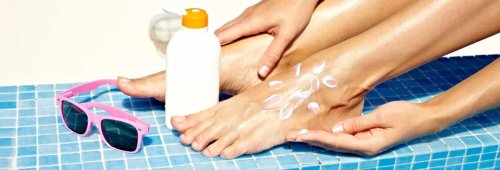 How to Apply Sunscreen to Commonly Missed Spots