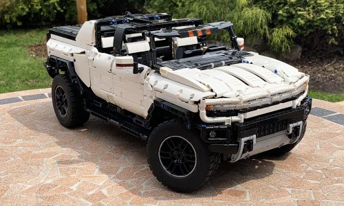 LEGO Electric Hummer | Cool Material