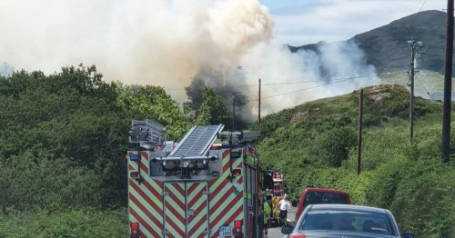 Major West Cork traffic delays as firefighters tackle raging gorse blaze