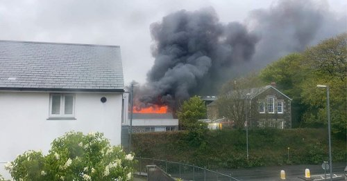 Firefighters tackle major building fire in Cornwall