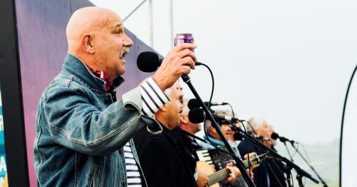 Fisherman's Friends to sing before drive-in screenings of their film