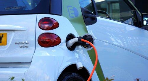 Elektroautos: Nein, Batterien sind nicht nach zwei Stunden im Stau leer