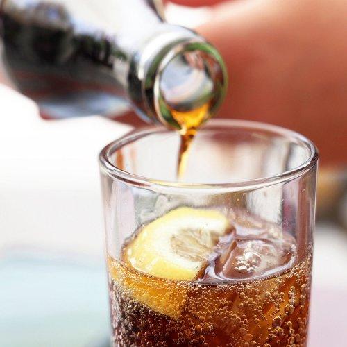 Schock! Cola kann Corona-Schnelltest beeinflussen