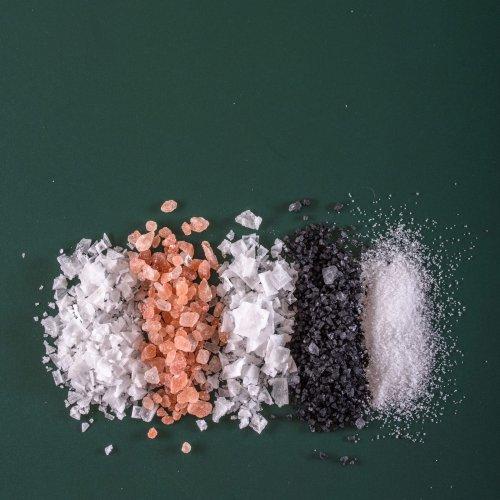 DAS passiert mit deinem Körper, wenn du zu viel Salz isst