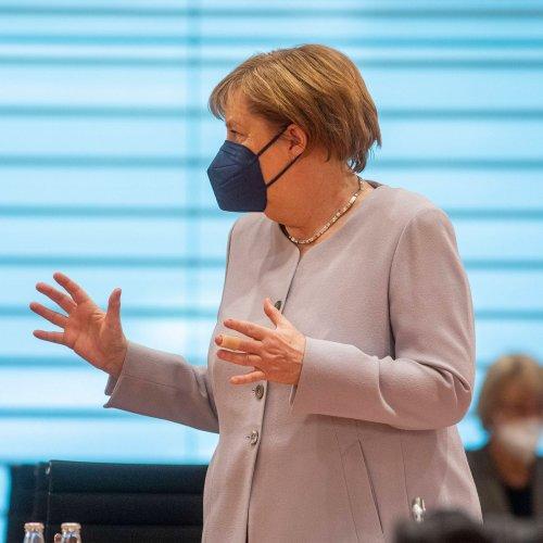 Corona-Schock: Angela Merkel kündigt Nach-Impfungen an