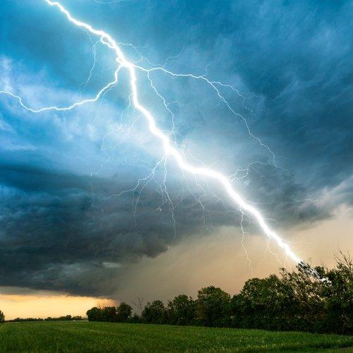 Schwere Unwetter rollen an: Vor allem hier wird es richtig krachen