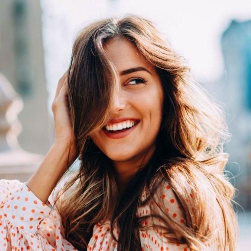 Vitamine für Haare: So bekommst du kräftige, lange Haare