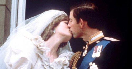 L'histoire vraie de l'origine du baiser de Charles et Diana au balcon