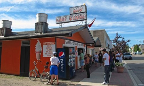 Best burger joints in cottage country