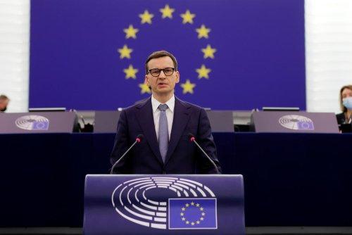 Verbatim. La guerre des mots entre le Premier ministre polonais et l'UE
