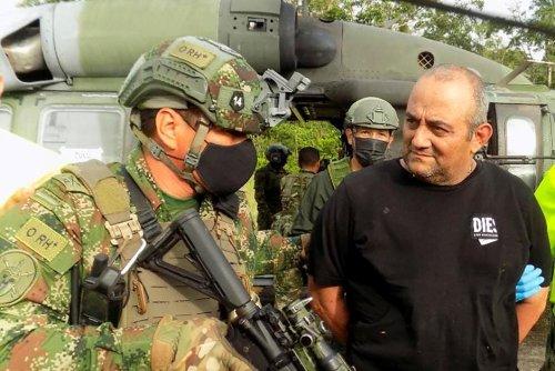 """Colombie. La capture du narcotrafiquant Otoniel """"comparable à la chute de Pablo escobar"""""""