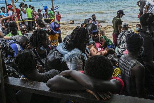 Migrants. Dans la petite ville colombienne de Necoclí, plus de 15000 migrants attendent un bateau