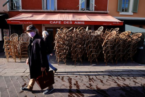 """Vu de l'étranger. France : le """"quoi qu'il en coûte"""", combien ça coûte?"""