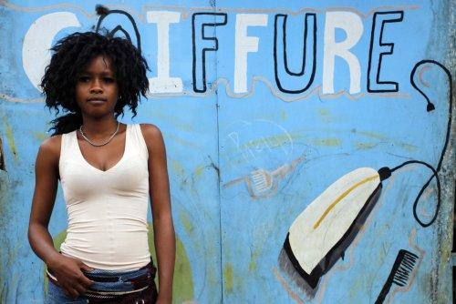 Cheveux. En Afrique de l'Ouest, la révolution capillaire est en marche