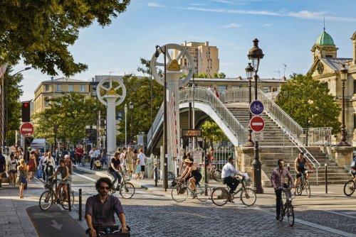 Vu des États-Unis. Les vélos dans Paris, c'est l'anarchie!