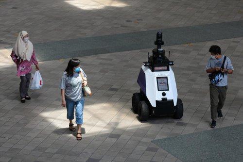 Dystopie. À Singapour, Xavier le robot a commencé à faire la police