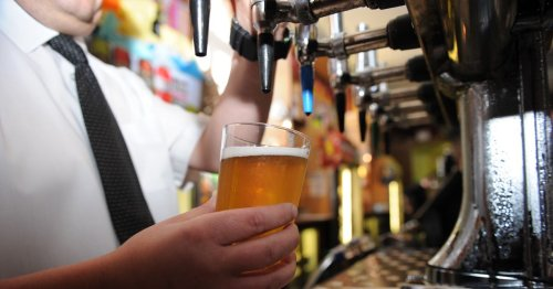 Bartender quits job after boss tells him he can't drink on his days off