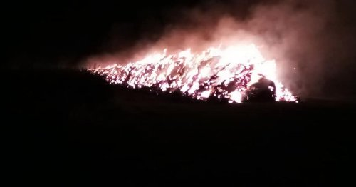 Firefighters remain at Warwickshire blaze seen 'for many miles'