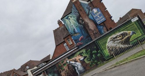 Nuneaton pub transformed with this incredible street art