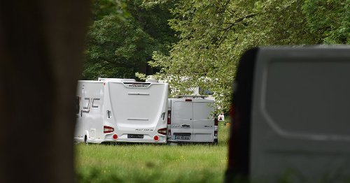 Traveller site leaves only to set up camp 10 minutes away