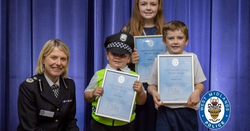 Coventry kids who handed knife in to police hailed for their bravery