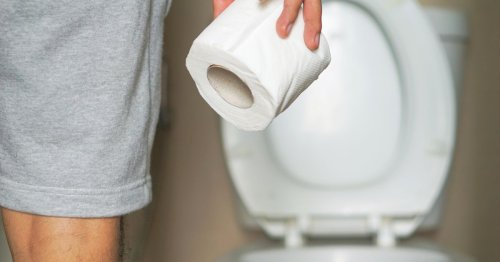Bowel cancer: the toilet feeling that could be sign to see a doctor