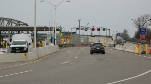 Ottawa responds to Ontario's call for enhanced border measures to reduce COVID-19 spread