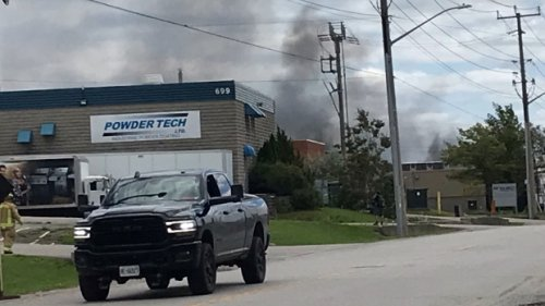 Crews battle massive fire at Superior Propane in Barrie