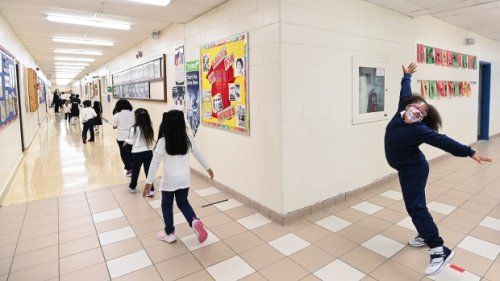 Ontario reports 280 new COVID-19 cases in public schools; case growth no longer accelerating