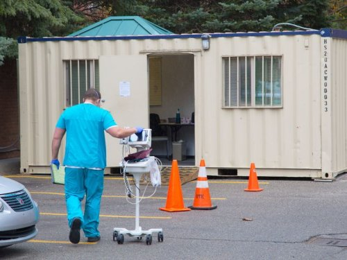 Michigan adds 6,303 positive COVID-19 cases; Beaumont sets up curbside triage