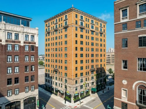 Someone not named Ilitch just bought a historic District Detroit area building