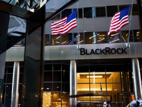 BlackRock to allow only vaccinated staff to return to office