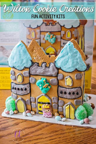 Fun with Wilton Cookie Creations Activity Kits