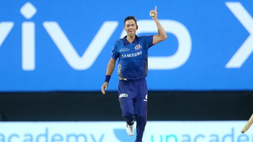 Twitter Erupts As Kolkata Knight Riders Snatch Defeat From The Jaws Of Victory Against The Mumbai Indians