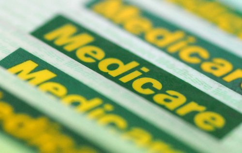 Vaccines, Mediscare and rorts: Labor launches digital ad blitz at swing seats