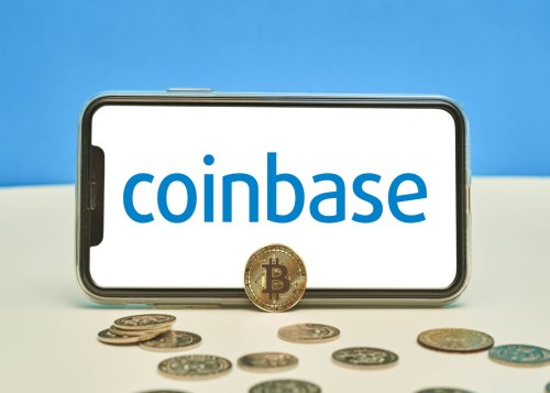 Coinbase falls to its lowest level since it went public | Cryptopolitan