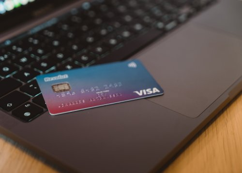 Visa users can now pay with cryptocurrencies | Cryptopolitan