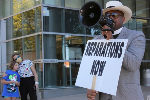 In Tulsa, a pastor's fight for reparations and racial justice