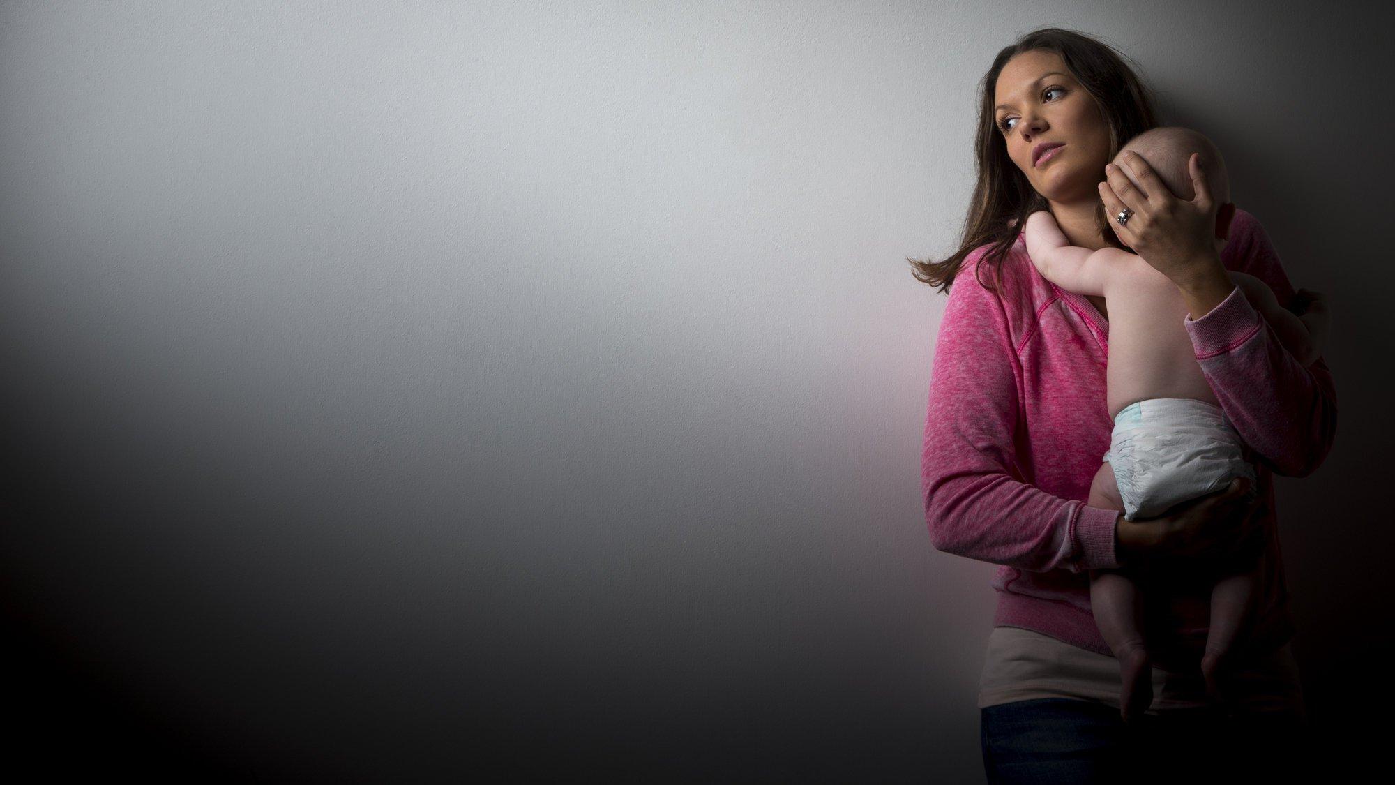 10 Moms Reveal What Postpartum Depression Really Feels Like