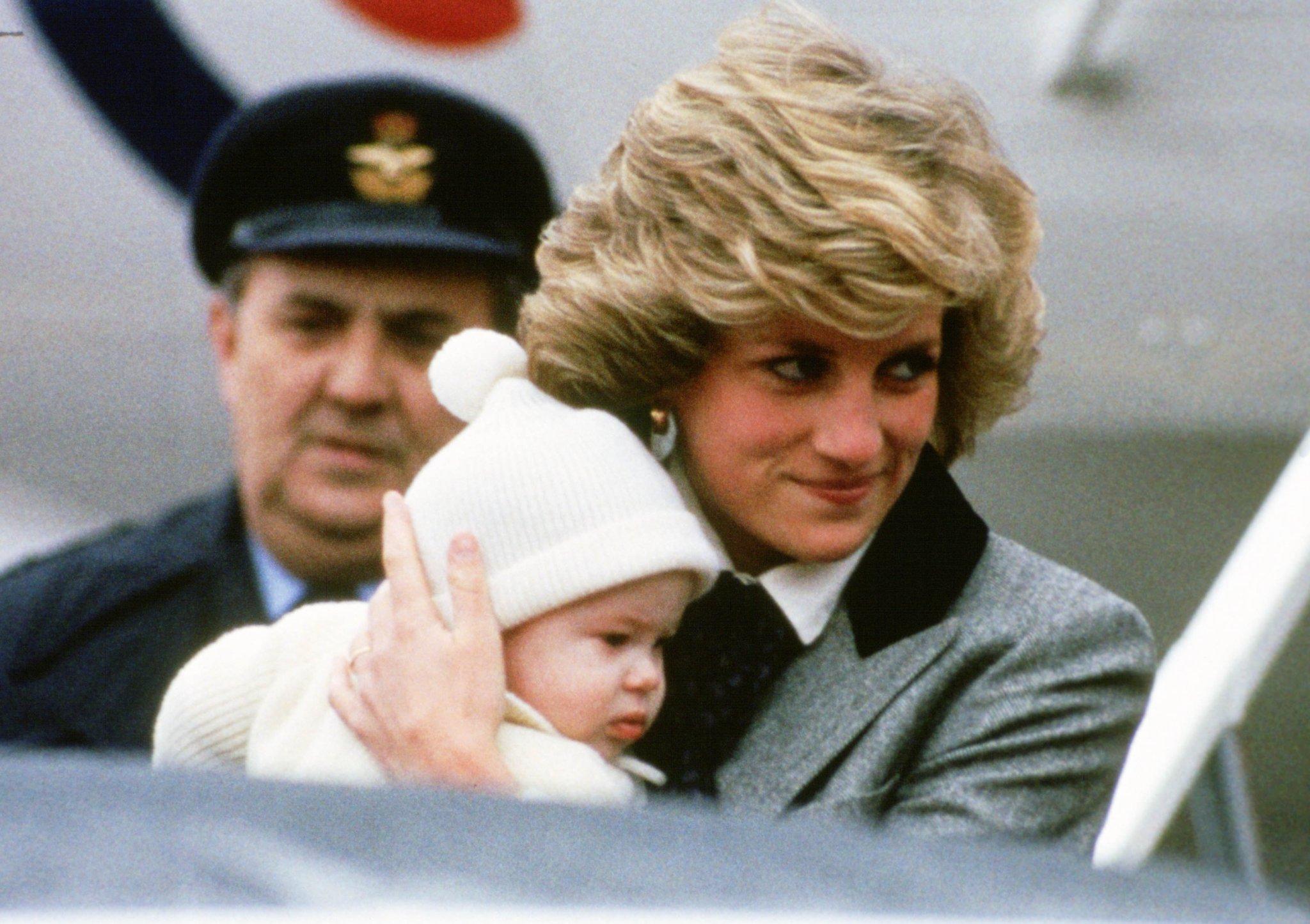 15 Precious Photos of the Royal Family as Babies