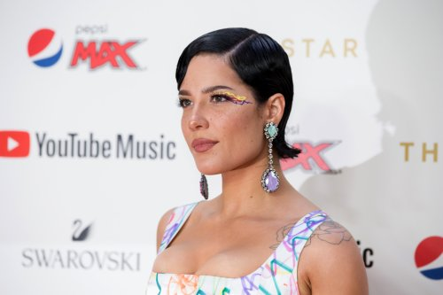 Halsey shares raw image of their postpartum body to shatter the 'illusion'
