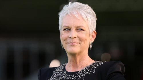 Jamie Lee Curtis details scary cosmetic surgery experience gone wrong