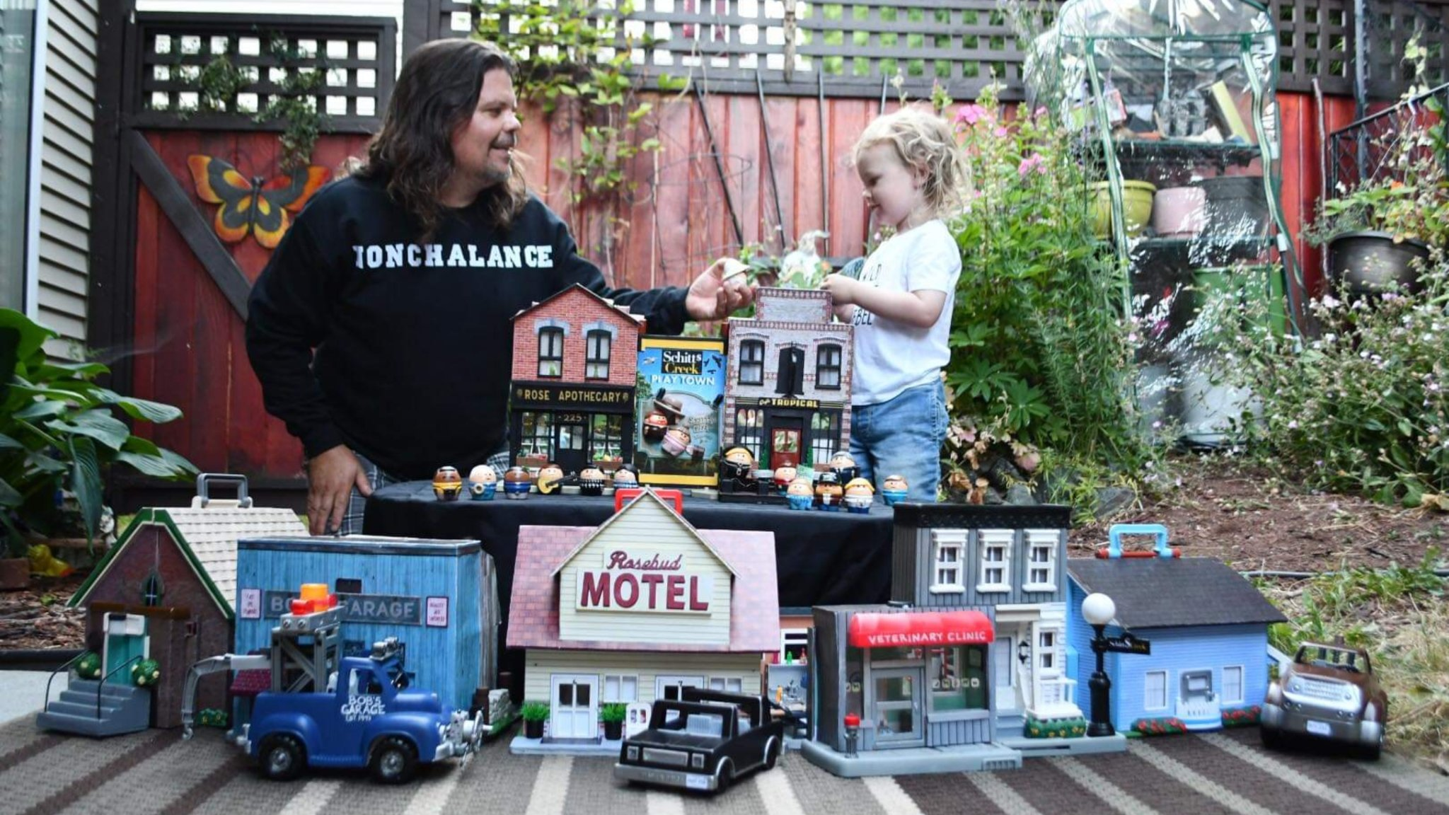 Dad Uses Retro Kids' Toys to Create Mini 'Schitt's Creek' & Fans Are Seriously Wowed