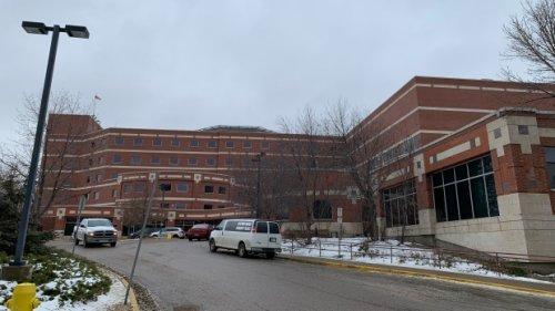 SHA doubling up Regina ICU rooms in 'unprecedented' move as units near capacity