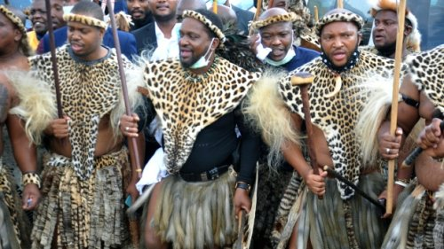 South Africa's royal scandal: New Zulu king's claim disputed