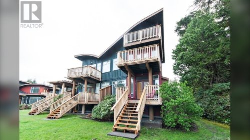 Waterfront Tofino condo sells for $1 million over asking price