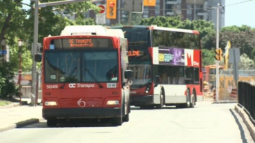 Union suggests hundreds of OC Transpo drivers, mechanics may not be vaccinated by Nov. 1 deadline